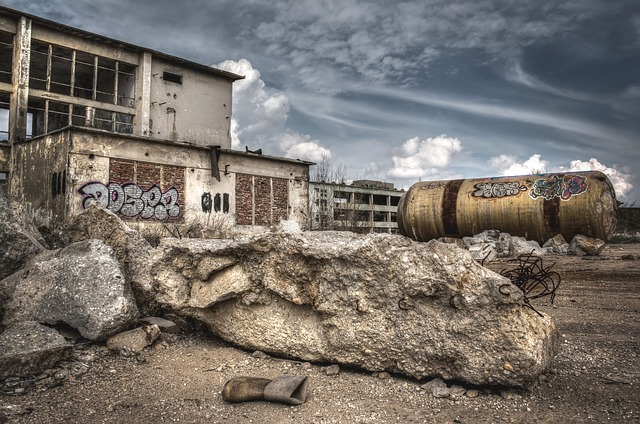 stará továrna