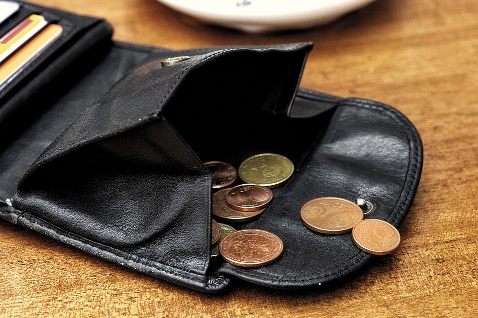 pár mincí